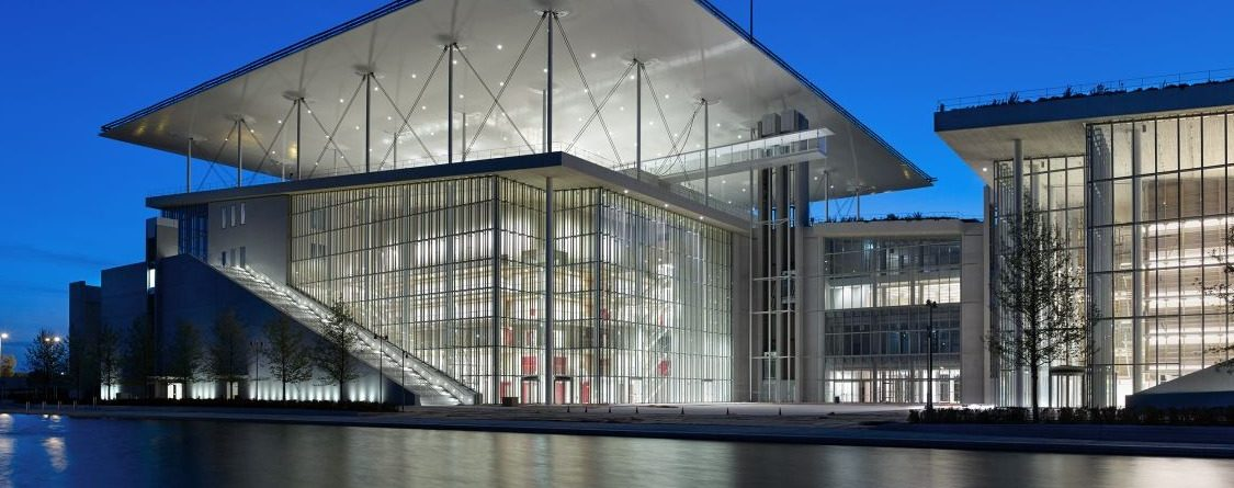 the Stavros Niarchos Foundation Cultural Center, Renzo Piano, Modern Building