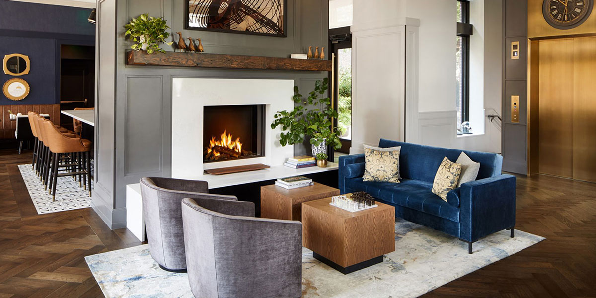 The Whitney hotel, the whitney hotel boston, cozy lobby, lobby with fireplace