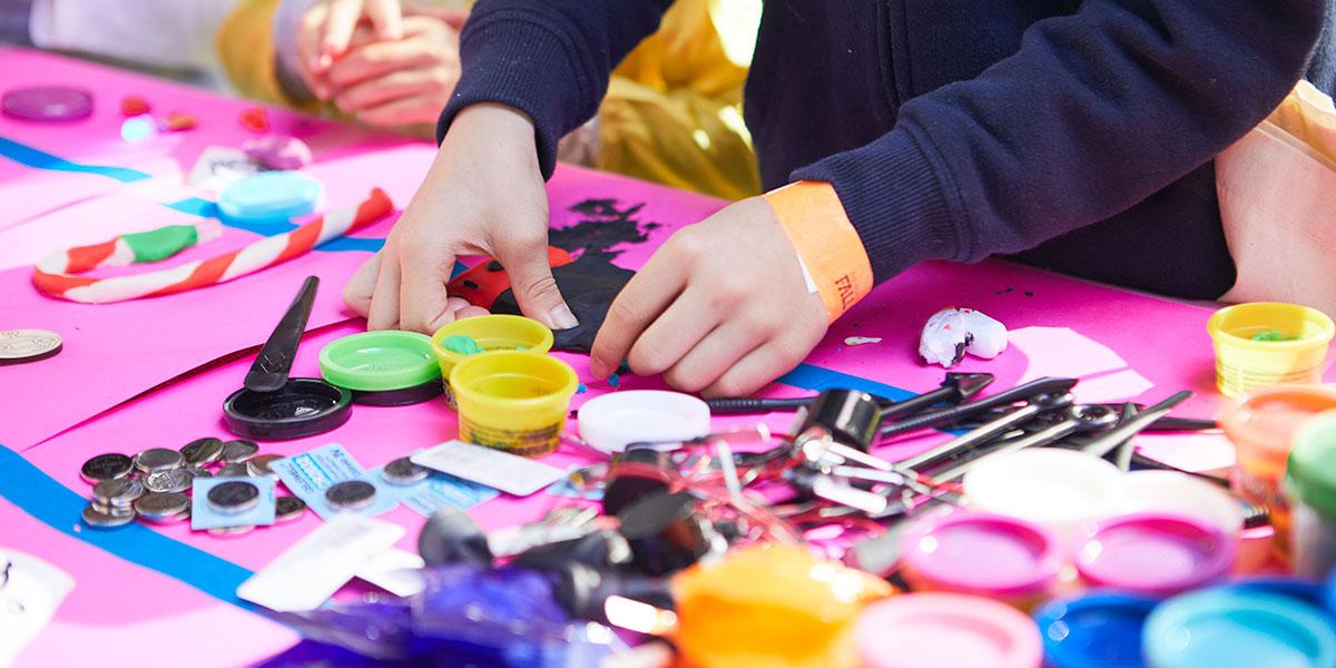 crafts, making crafts