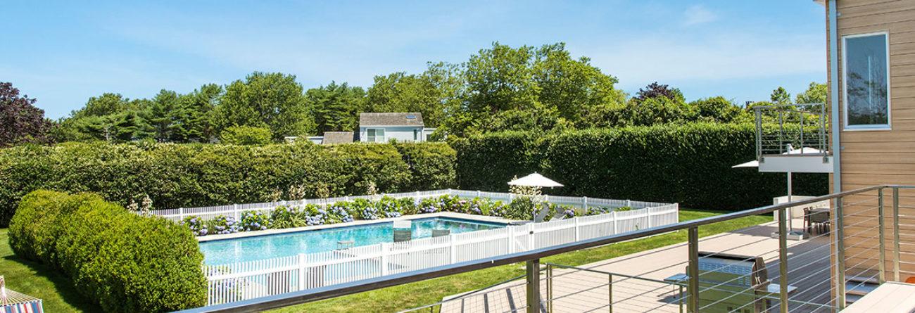 hamptons, hamptons house, hamptons pool, hamptons real estate
