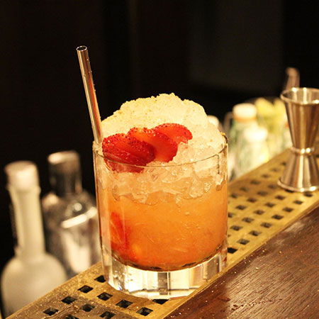 Strawberry Cinnamon Fix, mocktails, winter mocktails