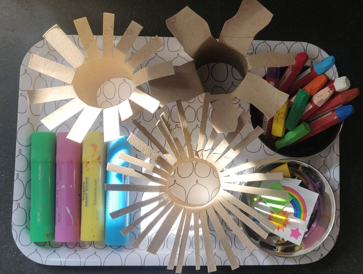 cardboard tube flowers, cardboard flowers, mother's day crafts