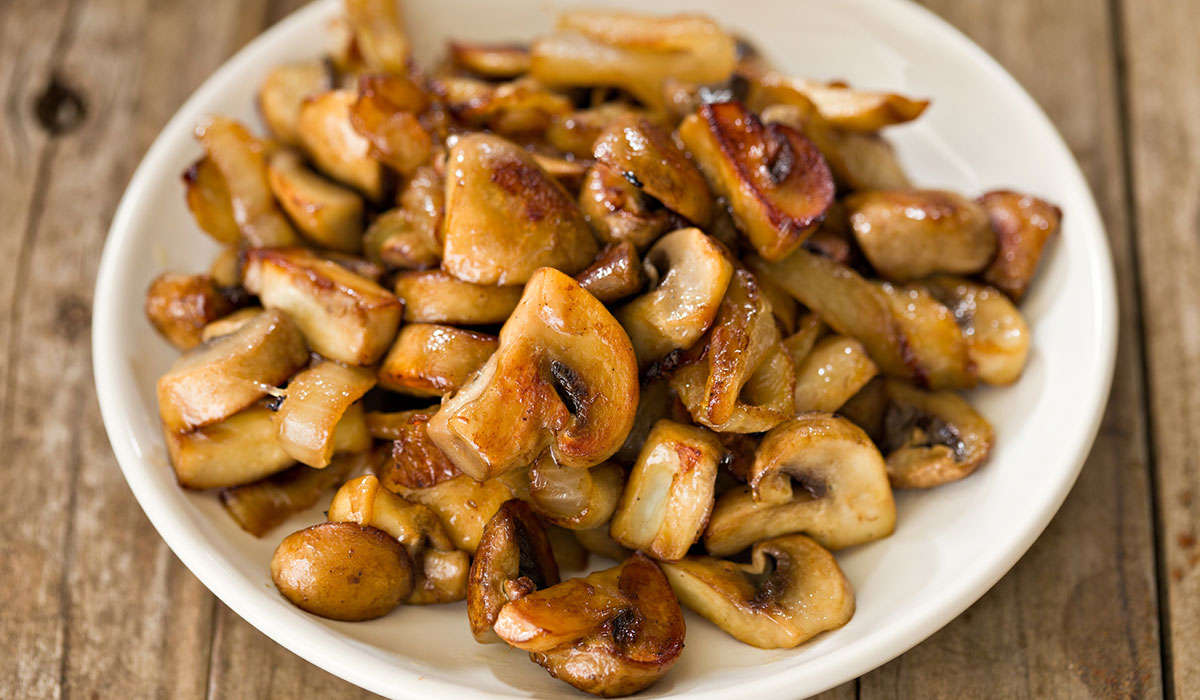 saueteed mushrooms, shiitake mushrooms