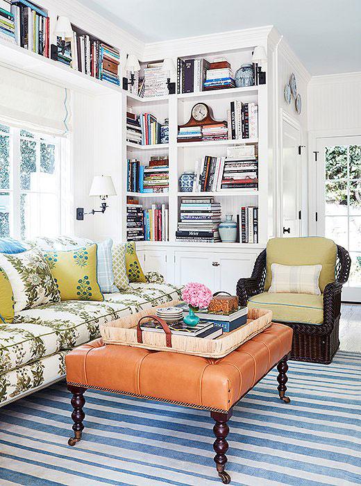 white living room, ottoman coffee table