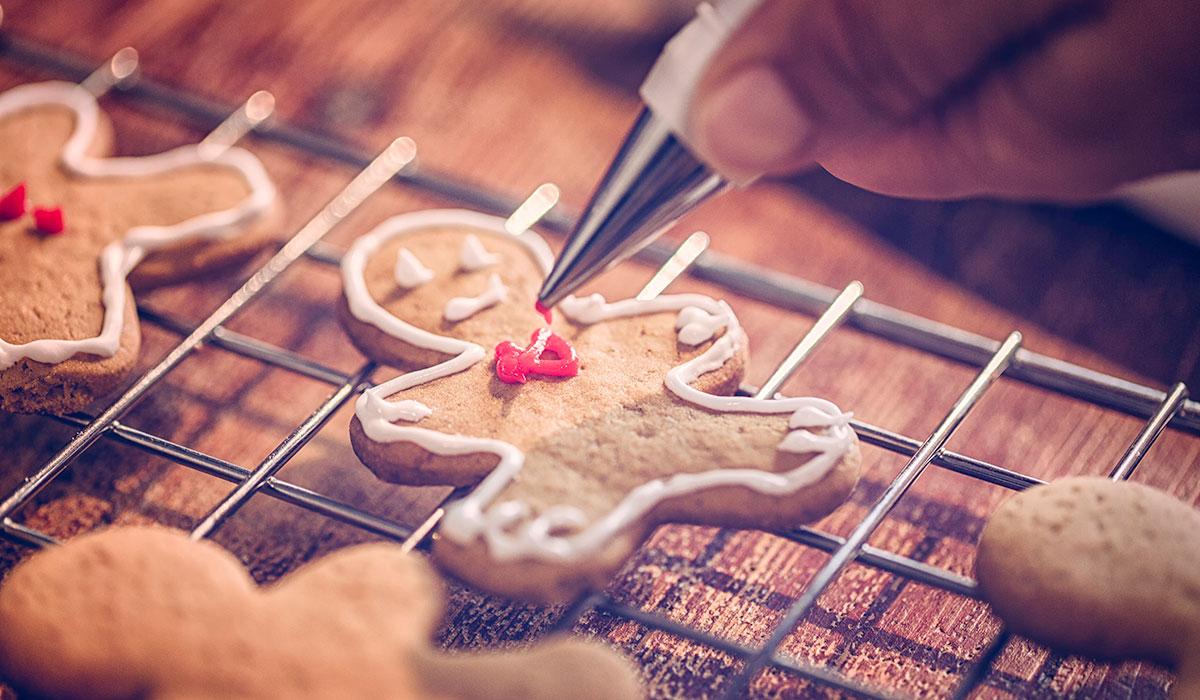 gingerbread cookies, gingerbread cookie decoration
